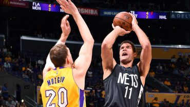 LOS ANGELES, CA -NOVEMBER 15: Brook Lopez #11 of the Brooklyn Nets shoots the ball during the game against the Los Angeles Lakers on November 15, 2016 at STAPLES Center in Los Angeles, California. NOTE TO USER: User expressly acknowledges and agrees that, by downloading and/or using this Photograph, user is consenting to the terms and conditions of the Getty Images License Agreement. Mandatory Copyright Notice: Copyright 2016 NBAE (Photo by Andrew D. Bernstein/NBAE via Getty Images)